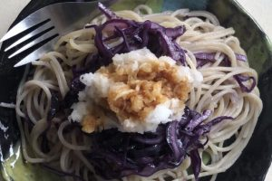 #9 Red cabbage and grated radish